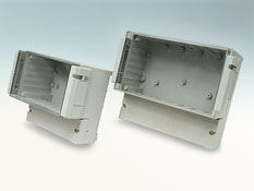 Dual compartment enclosure with hinged cover DCxxxCUL